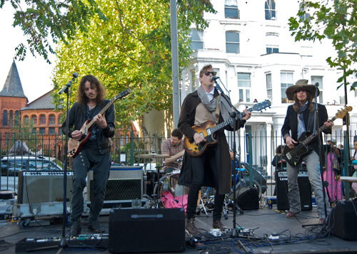 Powis Square Festival - The Band With No Name, featuring local hero Gus Robertson and Razorlight's Johnny Borrell.